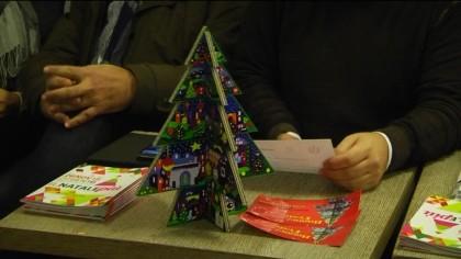 Sabato si accendono le luci natalizie nel centro storico di Fano – VIDEO