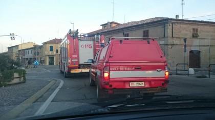 Palazzina a fuoco a Ponte Sasso di Fano. Sette intossicati