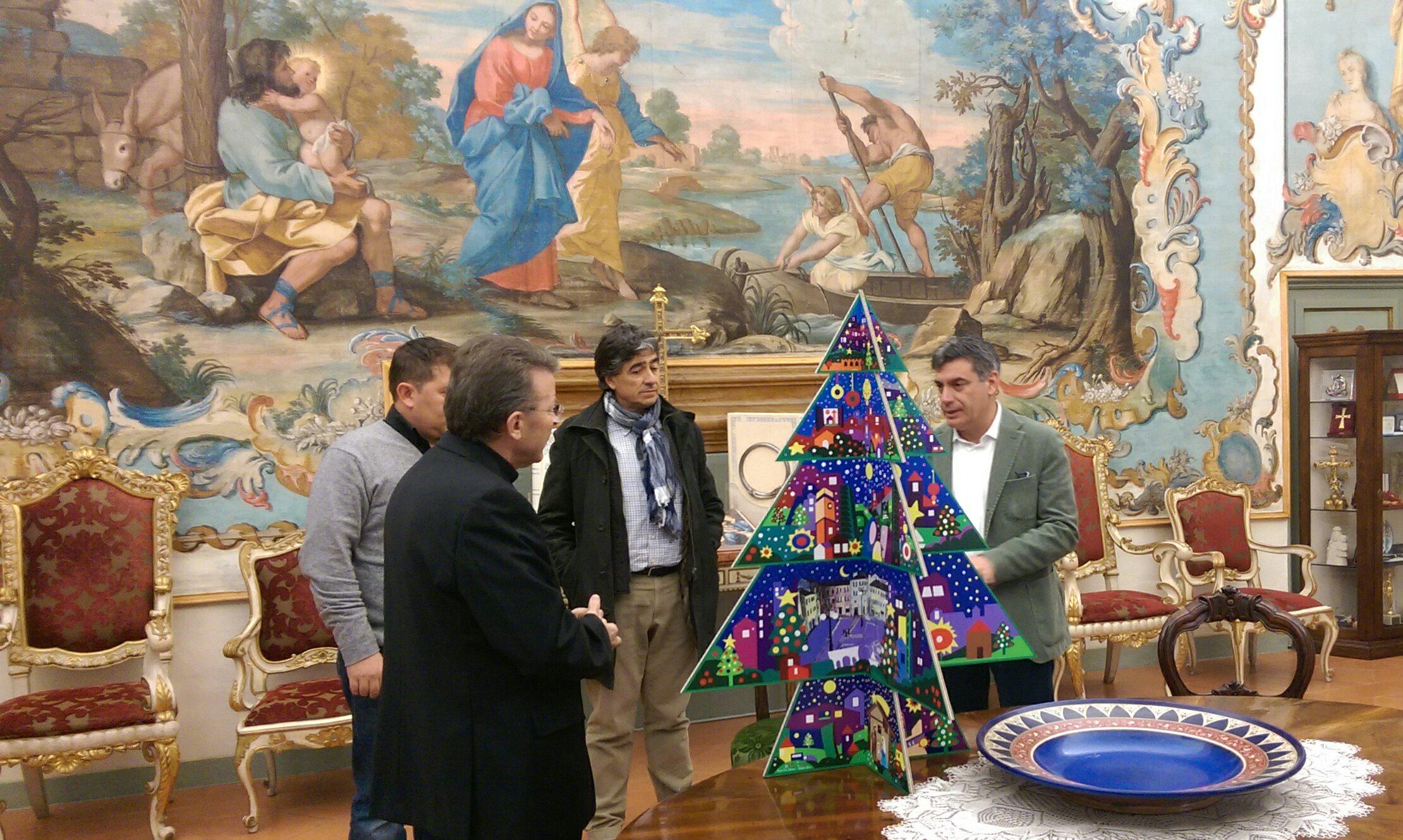 albero di natale, omaggiato il vescovo armando trasarti | occhio ... - Illuminazione Alberi Natale
