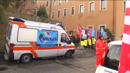 Ambulanze, Solaris e Croce Verde in sciopero – VIDEO