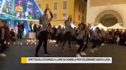 Spettacolo di danza a lume di candele per celebrare la ricorrenza di Santa Lucia – VIDEO