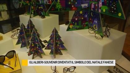 Gli alberi-souvenir diventati il simbolo del Natale fanese – VIDEO