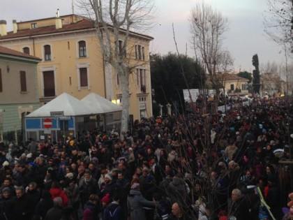 In 50.000 per dare il benvenuto al Carnevale di Fano