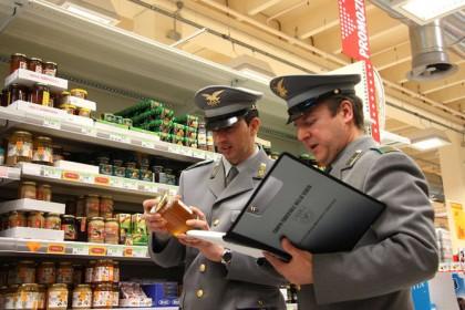 Prodotti agroalimentari con etichette ingannevoli, sanzioni per oltre 25mila euro