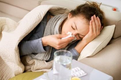 Influenza: già colpiti oltre 1 mln italiani, vicini al picco