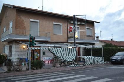 Bar Trilly a Gimarra di Fano (Foto Roberta Pascucci - Reporter di Strada Fano TV).
