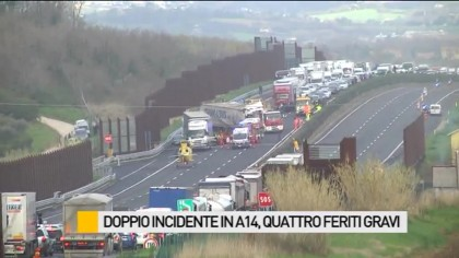 Inferno in autostrada, incidenti a catena e feriti – VIDEO – FOTO