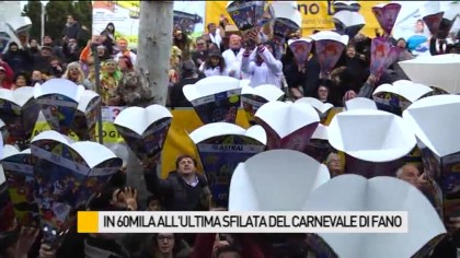 In 60mila all'ultima sfilata del Carnevale di Fano – VIDEO