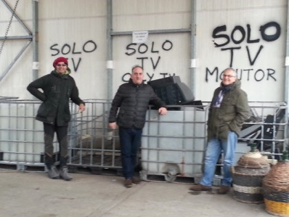 Il San Costanzo Show torna su FanoTV con un programma dedicato al riciclo