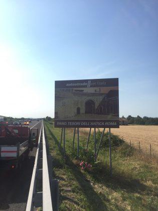 Fano città romana: installato in A14 un cartello di promozione turistica