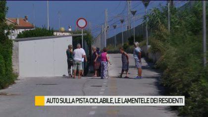 Auto sulla pista ciclabile Fano – Fosso Sejore, le lamentele dei residenti – VIDEO
