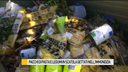 Pacchi di pasta e legumi in scatola gettati nell'immondizia – VIDEO