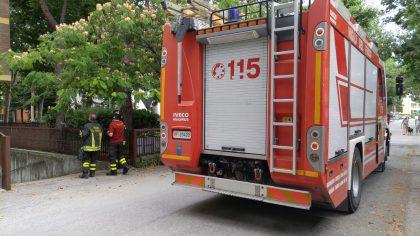 Incendio in cucina casolare: anziana ustionata a Fano