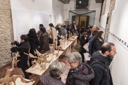 Il successo della mostra a Cattolica nella Galleria Comunale Santa Croce _ Fotogrammi di Paolo Talevi e le sculture di Sandro Rivelli