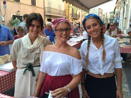 Festa del Borgo Cavour: tra cibo, musica e divertimento per bambini