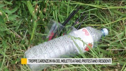 Troppe carenze in via del Moletto a Fano, protestano i residenti – VIDEO