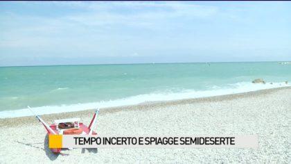 Tempo incerto, spiagge semideserte – VIDEO