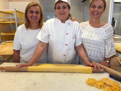 A Fano nasce il primo laboratorio della pasta fatta a mano in tempo reale