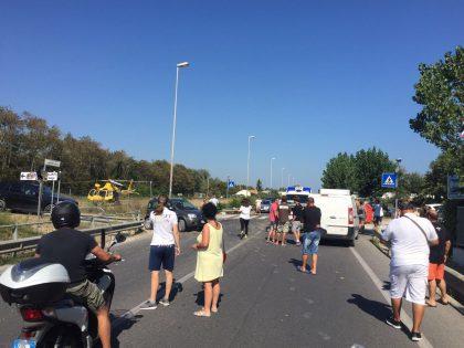 Grave incidente a Torrette di Fano. Scontro tra auto e moto