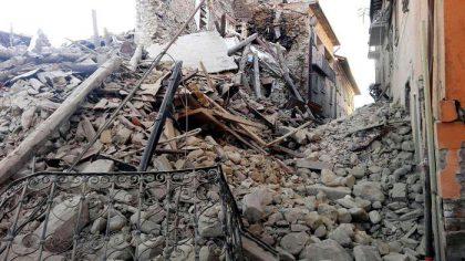 Terremoto, aggiornamento delle 12.00
