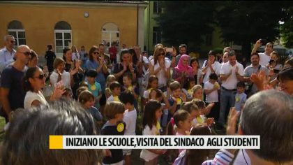 Scuola al via, visita del Sindaco agli studenti – VIDEO