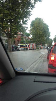 Auto contro ambulanza in viale Buozzi a Fano