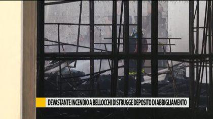 Incendio nella notte a Bellocchi, distrutto deposito di abbigliamento – VIDEO