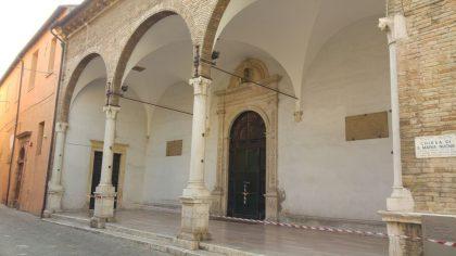 Terremoto, a Fano chiusi un reparto del Santa Croce e due chiese