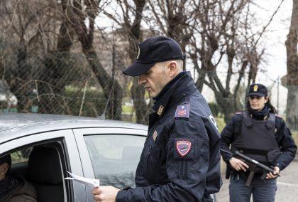 Polizia prosegue  la campagna antitruffe,  #chiamatecisempre.