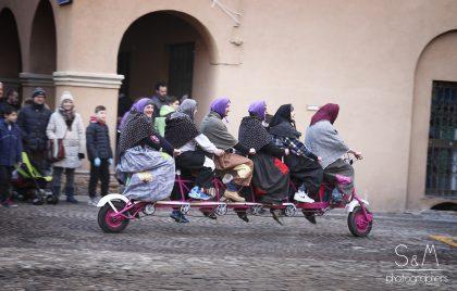Befana: ad Urbino scendera' dal tetto, ad Urbania arriva sui pattini.
