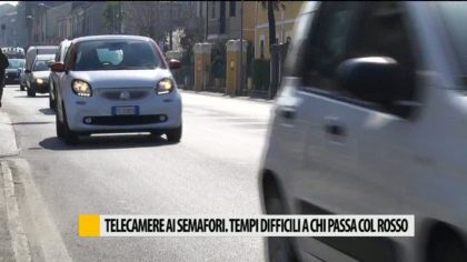 Telecamere ai semafori, tempi difficili a chi passa col rosso