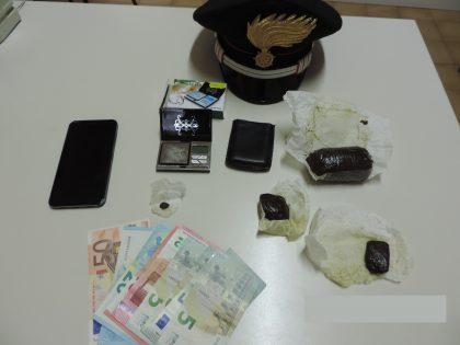 Colli al Metauro, i Carabinieri arrestano 30enne per detenzione e spaccio di sostanze stupefacenti