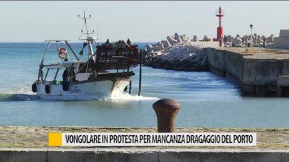 Vongolare in protesta per mancanza dragaggio nel porto