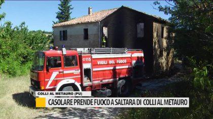 Casolare prende fuoco a Saltara di Colli al Metauro