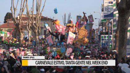 Carnevale estivo, tanta gente nel week-end