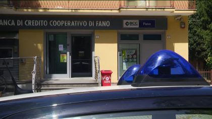Rapina alla Bcc di Fano in viale Italia – VIDEO