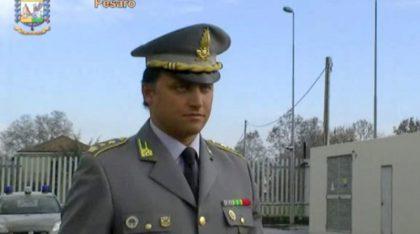 Finanza, il tenente colonnello Romanelli salva la vita a un passeggero in treno