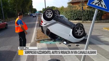 Sorpasso azzardato, auto si ribalta in via canale Albani – VIDEO