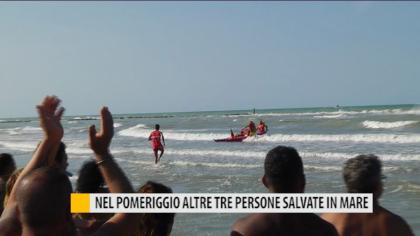 Nel pomeriggio altre tre persone salvate in mare – VIDEO