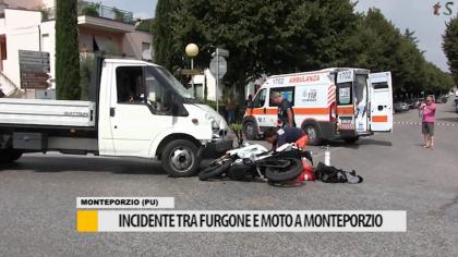 Incidente tra furgone e moto a Monteporzio – VIDEO