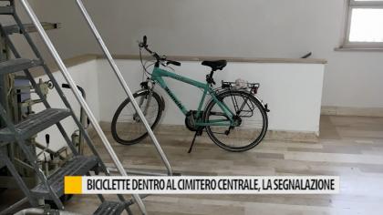 Biciclette dentro al cimitero centrale, la segnalazione – VIDEO