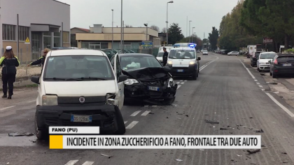 Incidente in zona zuccherificio a Fano, frontale tra due auto – VIDEO