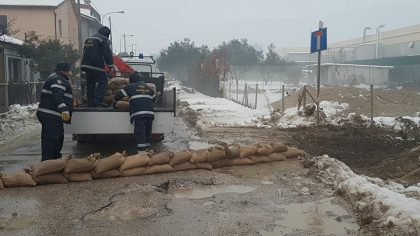 Pioggia e neve sciolta: allerta della Protezione Civile Marche