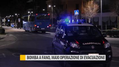 Bomba a Fano, maxi operazione di evacuazione – VIDEO