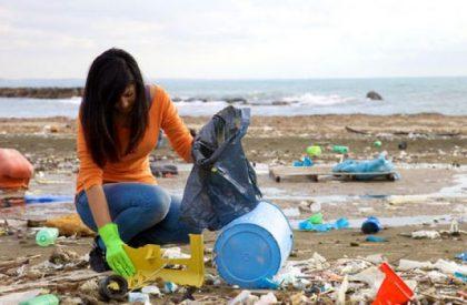 Dopo la pulizia del novembre scorso, Marina dei Cesari ripropone un momento attivo di pulizia spiaggia e insieme di maggiore consapevolezza sul problema dei  rifiuti marini