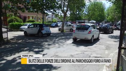 Blitz delle forze dell'ordine al parcheggio del Foro Boario – VIDEO
