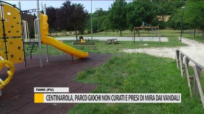 Centinarola, parco giochi presi di mira dai vandali – VIDEO
