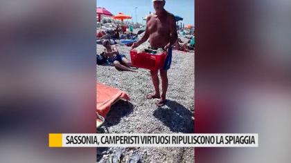 Sassonia, camperisti virtuosi ripuliscono la spiaggia – VIDEO