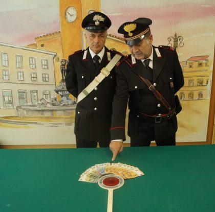 """Arrestato dai carabinieri di Fano il """"truffatore seriale dello specchietto"""""""