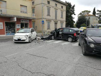 Incidente a San Michele al Fiume. Sette persone coinvolte, tre i feriti